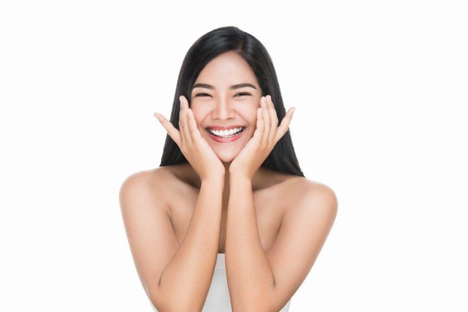 Injection d'acide hyaluronique pour les lèvres